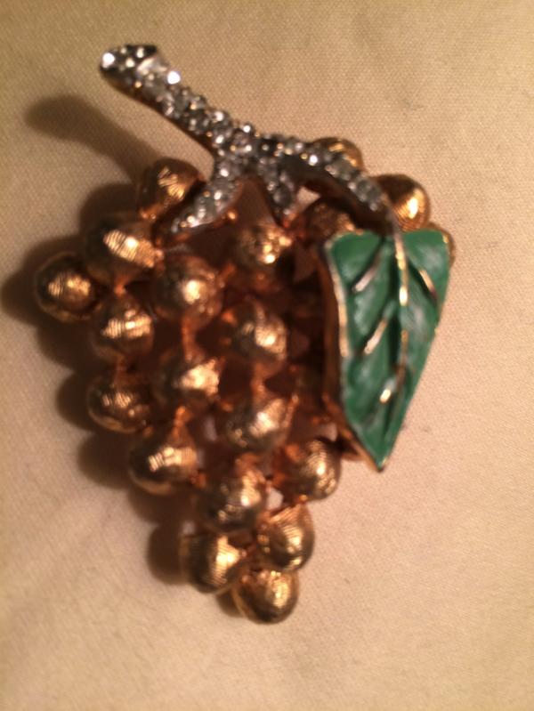 Vintage Signed Hattie Carnegie Enamel and Rhinestone GRAPE CLUSTER Pin Brooch